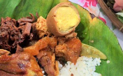 Ayam goreng à Yogyakarta