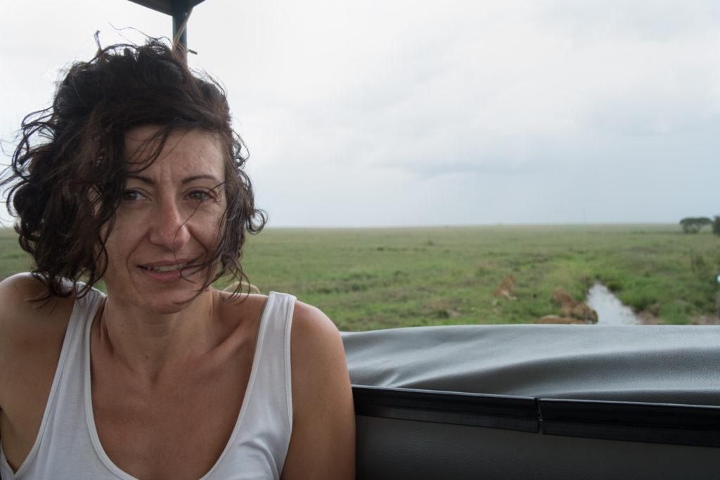 Florence, l'œil expert en safari en Tanzanie