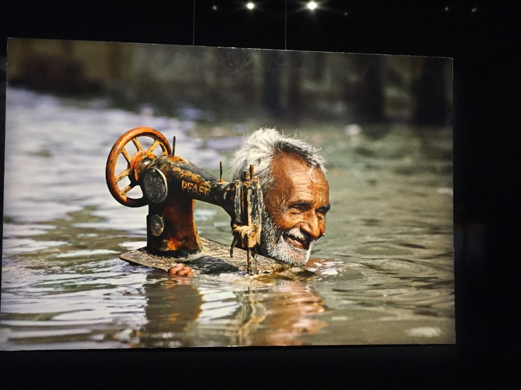 voyage - water man india steve mccurry exibition