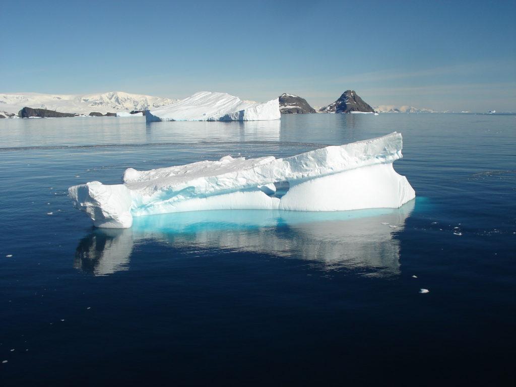 antarctique-pole_sud_excursion_glacier