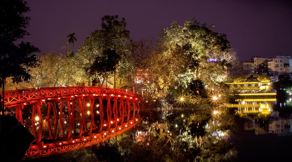Pont Thê Húc - Hanoï