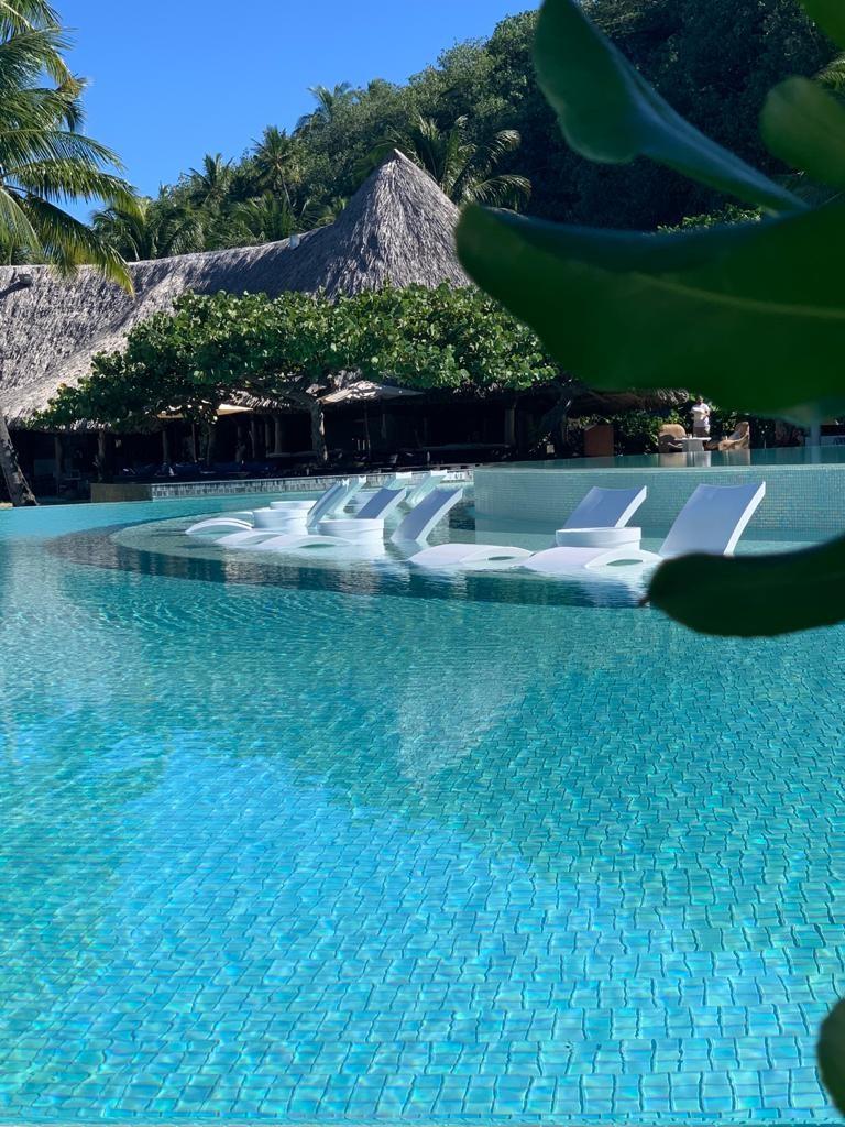 Piscine du Conrad Bora Bora